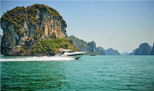 Du thuyền hạng sang: Sản phẩm du lịch mới cho Vịnh Hạ Long