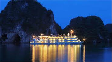 Review chi tiết tour du lịch trên du thuyền Hạ Long